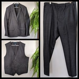48 Rg Slim Fit Perry Ellis 3 pc Suit Charcoal Grey